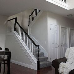 White Stair Handrail Before And After A Stair Banister Renovation Home Improveme. - White Stair Handrail Before And After A Stair Banister Renovation Home Improvement Ideas And Projec - Painted Banister, Black Stair Railing, Stair Banister, Painted Staircases, Banisters, Railings, Black Stairs, Stair Case Railing Ideas, Handrail Ideas