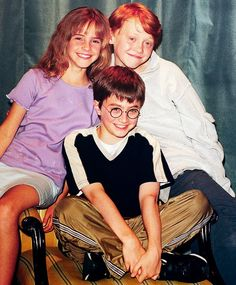 Find images and videos about harry potter, emma watson and hermione granger on We Heart It - the app to get lost in what you love. Hery Potter, Fans D'harry Potter, Harry Potter Actors, Harry James Potter, Harry Potter World, Harry Potter Memes, Ron And Hermione, Ron Weasley, Hermione Granger