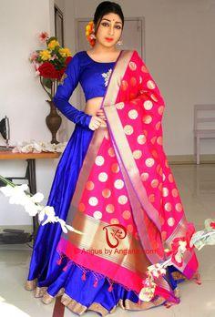 Silk Lehenga dupatta Blouse Neck Patterns, Dress Neck Designs, Blouse Designs, Indian Wedding Outfits, Bridal Outfits, Indian Outfits, Indian Clothes, Indian Gowns Dresses, 15 Dresses