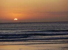 423-Puesta de sol en Finisterre 09    Añadido por JESÚS M. el septiembre 24, 2009 a las 8:23pm