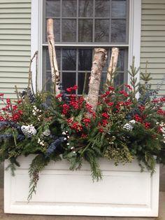 Birkenstangen - New Ideas Outdoor Christmas Planters, Outdoor Christmas Decorations, Rustic Christmas, Christmas Wreaths, Holiday Decor, Christmas Window Boxes, Winter Window Boxes, Window Box Flowers, Flower Boxes