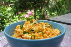 Retete Culinare - Salata turceasca de morcovi Healthy Salad Recipes, Risotto, Macaroni And Cheese, Ethnic Recipes, Festive, Food, Diet, Essen, Mac And Cheese