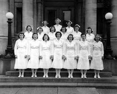 1940's nurse uniforms