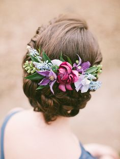 Vibrant beautiful bridal wedding flower comb inspiration with purples, pinks and blues