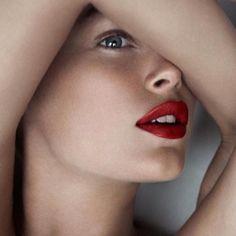 ClioMakeUp-rossetto-mattone-rosso-scuro-bordeaux-caldo-ruggine-17
