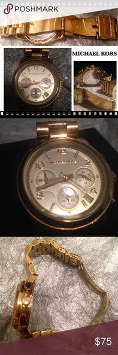 🍏MICHAEL KORS-Chronograph Gold Watch Pre-Owned Chronograph Gold Watch by Michael Kors. Needs new batteries. Watch will fit women's small size wrist (No Extra Links). Overall, in great condition!       Price Firm. Michael Kors Accessories Watches