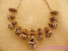 Marvelous Gold Jewellery Collection from Mehta Jewellery India Jewelry, Temple Jewellery, Gold Jewelry, Jewelery, Jewellery 2017, Jewelry Box, Long Pearl Necklaces, Gold Necklace, Simple Necklace