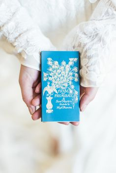 Colonial-Style Summer Celebration Event Venues, Wedding Venues, Vow Book, Front Door Design, Reception Table, Floral Centerpieces, Style Summer, Tiffany Blue, Exterior Paint