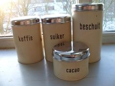Vintage Brabantia kitchen canisters [beschuit al in bezit! Nu de rest nog :)]
