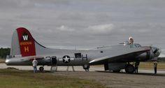 EAA B-17 Aluminum Overcast Tour   Flying Magazine. The beautifully restored B-17 Flying Fortress Aluminum Overcast tours the United States.