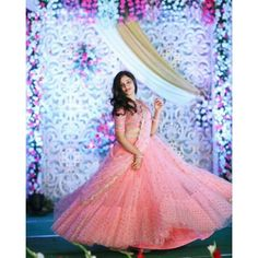 55 Bridal Lehenga designs that will inspire you - Wedandbeyond Indian Wedding Gowns, Indian Gowns Dresses, Indian Bridal Outfits, Bridal Dresses, Saree Wedding, Reception Dresses, Wedding Mandap, Bollywood Wedding, Wedding Stage