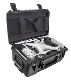 The CasePro DJI Phantom 4 and 4 Pro Carry-On Hard Case is the ultimate travel companion for every Phantom user. This case balances the dual requirements of safeguarding your gear while remaining light