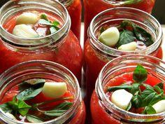 Rosii la borcan pentru iarna | Prăjiturici și altele Pork Roll, Ketchup, Preserves, Pickles, Cucumber, Pantry, Cooking Recipes, Canning, Vegetables