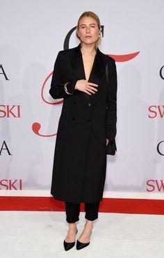 Pin for Later: Les CFDA Awards Remportent le Prix Pour Tapis Rouge le Plus Chic de L'année Dree Hemingway
