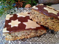 Walnusskuchen mit Schokolade und Marzipan