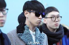 {PICS} 131114 TOP and Taeyang @ Incheon Airport   BBVIP StandUp Vip Bigbang, Airport Style, Airport Fashion, Incheon, Top Of The World, Bangs, Eyewear, Mens Sunglasses, Handsome