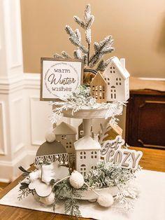 Fresh Christmas Trees, Wooden Christmas Trees, Christmas Home, Christmas Crafts, Christmas Decorations, Table Decorations, Christmas Ideas, Christmas Baking, Simple Christmas