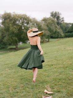 Sage green sundress + large hat + nude heels