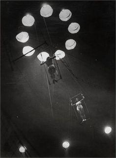 Brassai, Au cirque Medrano, 1932.