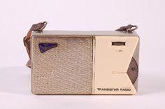 "DDR Museum - Museum: Objektdatenbank - Transistor Radio ""Sternchen""    http://pinterest.com/pin/92112754849812421/"