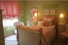 girls bedroom. This is so sweet!!!