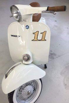 Lml Vespa, Vespa Ape, Lambretta Scooter, Vespa Scooters, Vespa Smallframe, Italian Scooter, Skinhead Fashion, My Ride, Cars And Motorcycles