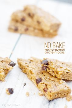 no bake peanut butter protein bars. taste like cookies, but packed with protein. perfect kid snacks and a pre-workout snack | bigredclifford.com