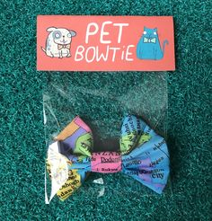 Wanderlust pet bow tie suitable for your Thomas O'Malley cat