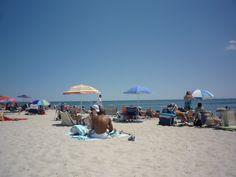 Cape Cod Beach: Bass River Beach, also known as Smugglers Beach