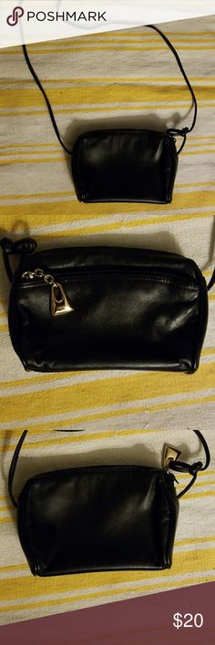 Gianni Bernini black leather crossbody Perfect condition. Thin strap crossbody. Hands-free for a night out Giani Bernini Bags Crossbody Bags