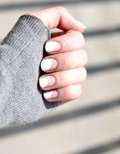 Manucure printemps blanc et rose