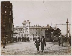 Elvery's, Hotel Metropole & Post Office, Sackville Street, May 18 [1916]. - Digital Repository of Ireland