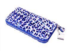 Carteira em couro azul onça da Lia Marchese. Blue leopard printed wallet by Lia Marchese.