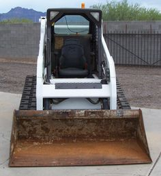 2010 Bobcat T190 Track Steer For Sale In Phoenix ONLY 1800 HRS! Owned and Maintained By National Rental Company Since New! Diesel - Great Rubber Tracks - Super Clean - $26,900 - www.HD TrucksAndEquipmentSales.com -Call 602-510-5444 ------------