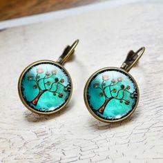 Tree üveglencsés bronz színű fülbevaló Vintage stílusú fülbevaló Kapocs hosszúsága: 28 mm Anyaga: réz és üveg