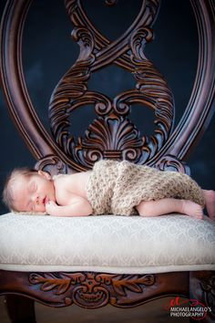 Newborn Photography Bassinet, Newborn Photography, Portraits, Furniture, Home Decor, Homemade Home Decor, Baby Crib, Head Shots, Newborn Baby Photography