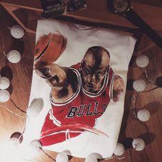 Michael Jordan hand-painted t-shirt, ręcznie malowana koszulka by Bazgrająca fashion, sport, basketball, stars