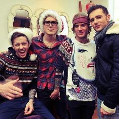 mcfly - new found love! Dougie Poynter, Tom Fletcher, Lost Without You, This Is Love, The Vamps, Green Day, Fall Out Boy, Great Bands, Attractive Men