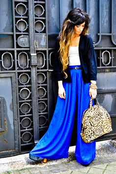 Blue pants Madame de La Rosa