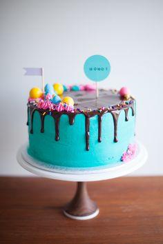 drippy modern candy cake - Coco Cake Land