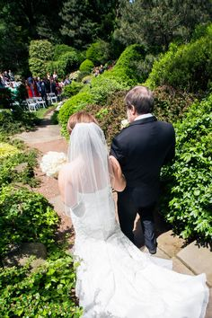 Downtown Cleveland, Ohio Wedding | Cleveland Botanical Gardens In The  Japanese Garden | Pink And