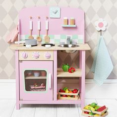 Bloomsbury Kitchen   One Of The Toddlers. A Great Value, Light Weight Toy  Kitchen Including Utensils, Hob, Clock And A Salt U0026 Pepper Mill.