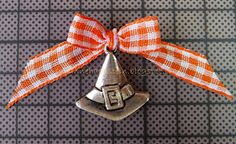 Fork Bow with charm