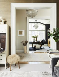 Home of Jessica Bennett - Alice Lane Home Interior Design Harmony Design, Harmony Home, Alice Lane Home, Woven Dining Chairs, Entry Way Design, Interior Design Photos, Transitional House, Large Sofa, Nautical Home