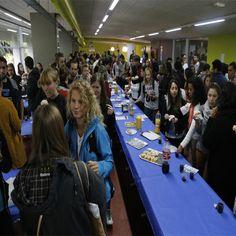Hostelería Gipuzkoa da la bienvenida a los Erasmus de la UPV  Gipuzkoa Ostalaritzak harrera egin die EHUko Erasmus ikasleei