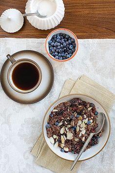 Blackberry quinoa breakfast porridge.