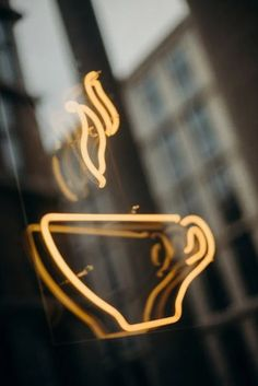 Best Coffee Shop, Coffee To Go, Coffee Is Life, I Love Coffee, Coffee Break, Coffee Time, How Does Electricity Work, Mocha Color, Wishes Images