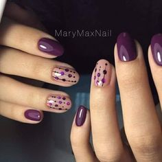 28 Cute Red And White Nail Art Designs To Try This Year - Workout Plan Purple dotty nail art design Flower Nail Art Nail Art Violet, Purple Nail Art, Purple Nail Designs, Simple Nail Art Designs, Short Nail Designs, Yellow Nail, White Nail, Purple Wedding Nails, Purple Manicure