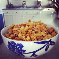 The Laidlaws: { HOLIDAY RECIPE :: Chex Mix }