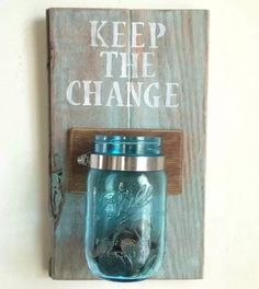 Kitchen spare change holder